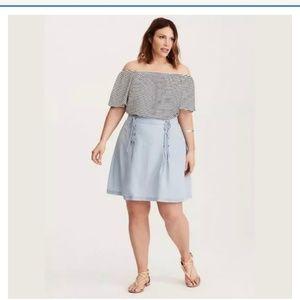 NWT Torrid Chambray Light Blue Skirt Size 16